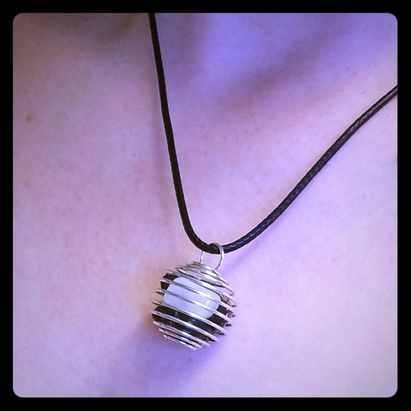 Adore Store Jewelry - Energy Crystal Gem Stone Necklace